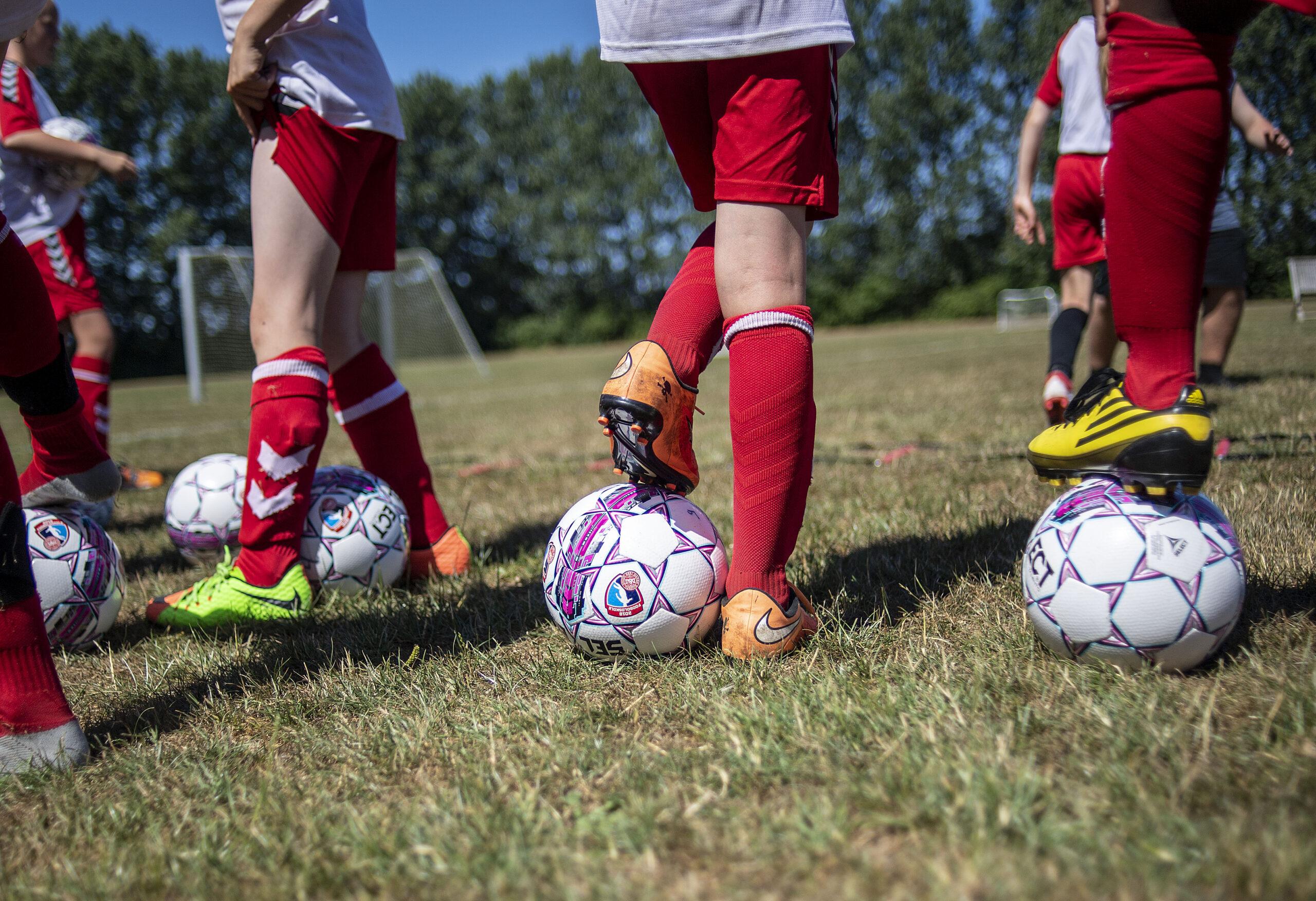 [DK=20180712: DBU Fodboldskole i Vejby Tisvilde IF] [UK=20180712: DBU Grassroots in Vejby Tisvilde IF]